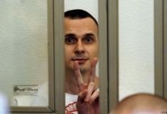 Oleg Sentsov congratulated on his birthday in sign language